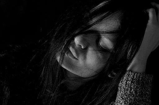 Como ajudar uma pessoa depressiva? Veja 9 dicas