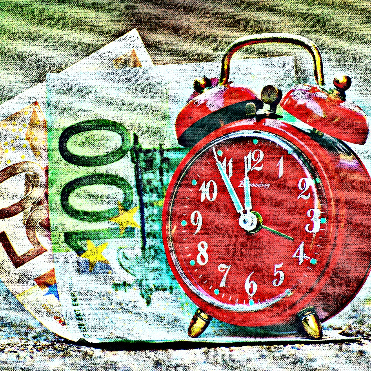Картинка будильник с деньгами