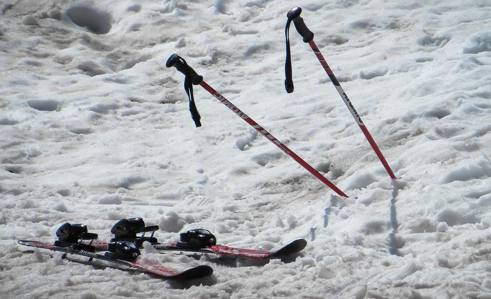 To Ski, Ski, Winter, Ski Poles, Ski Area, Winter Sports