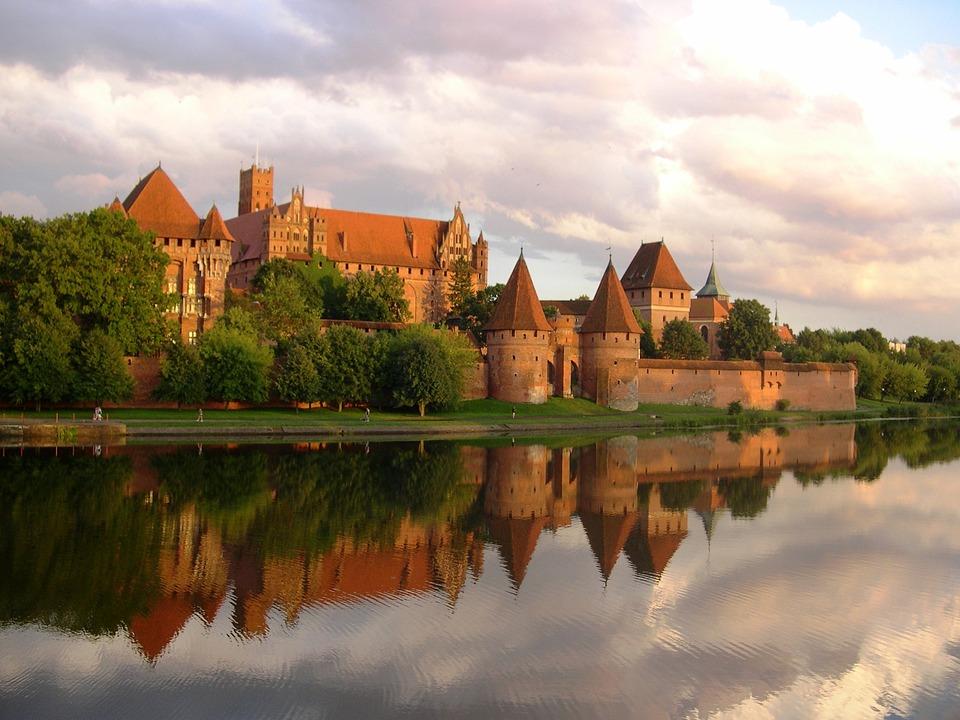 Castillo de Malbork polonia viaje tour