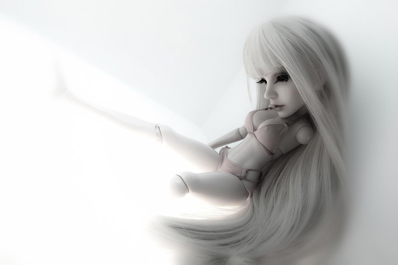новые картинки сломанной куклы все люди свете