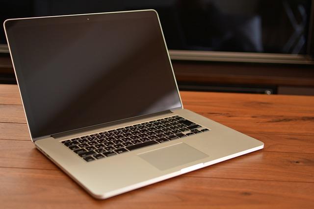 MacBook Pro User's Guide - BH Photo Video