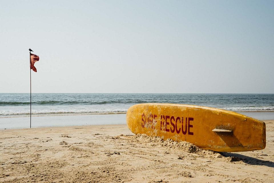 Cacao beach.... Rescue mission | Photo