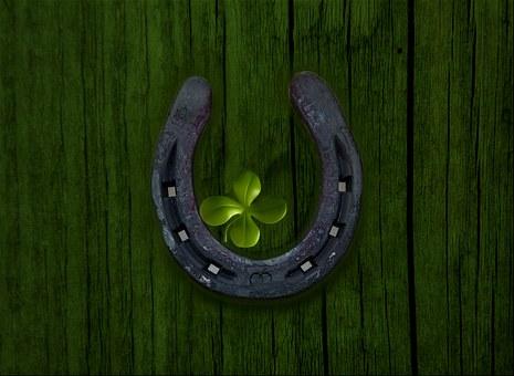 Luck, Fer À Cheval