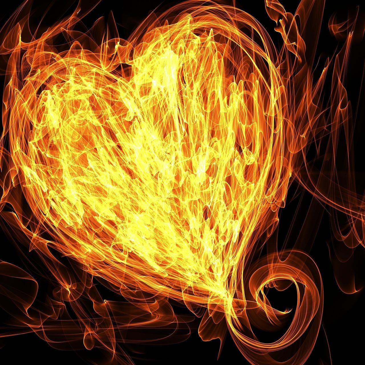 Картинки сердечки огненные
