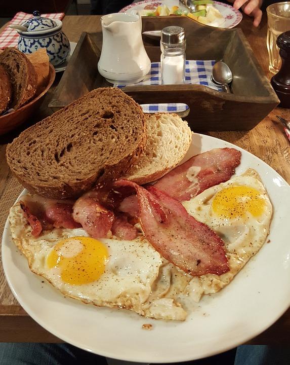Uova, Bacon, Colazione, Becon, Caffè, Pane, Cibo