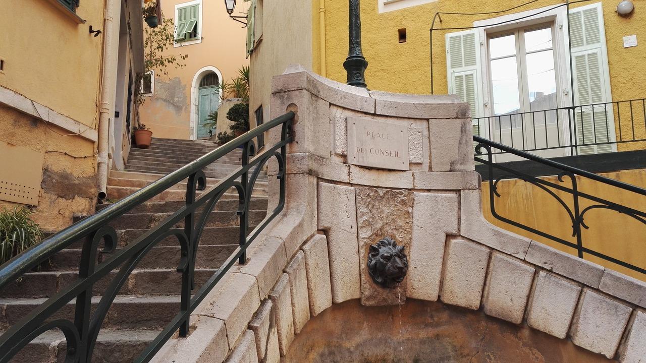 Бесплатная фотография: лестница, балкон, фонтан - бесплатные.