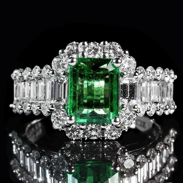 Diamond Rings With Stones