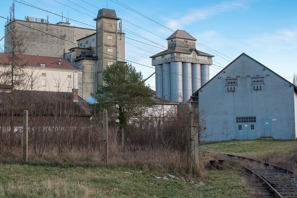 зданий фото заводских