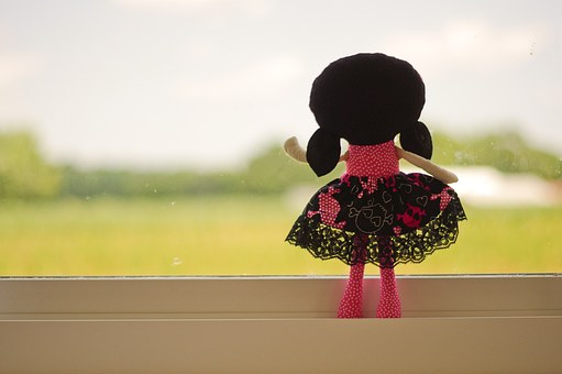 Doll, Looking Out, Pink, Black Hair