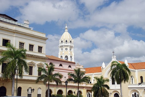 Destinos turísticos de Panamá, Iglesia casco antiguo ciudad de Panamá