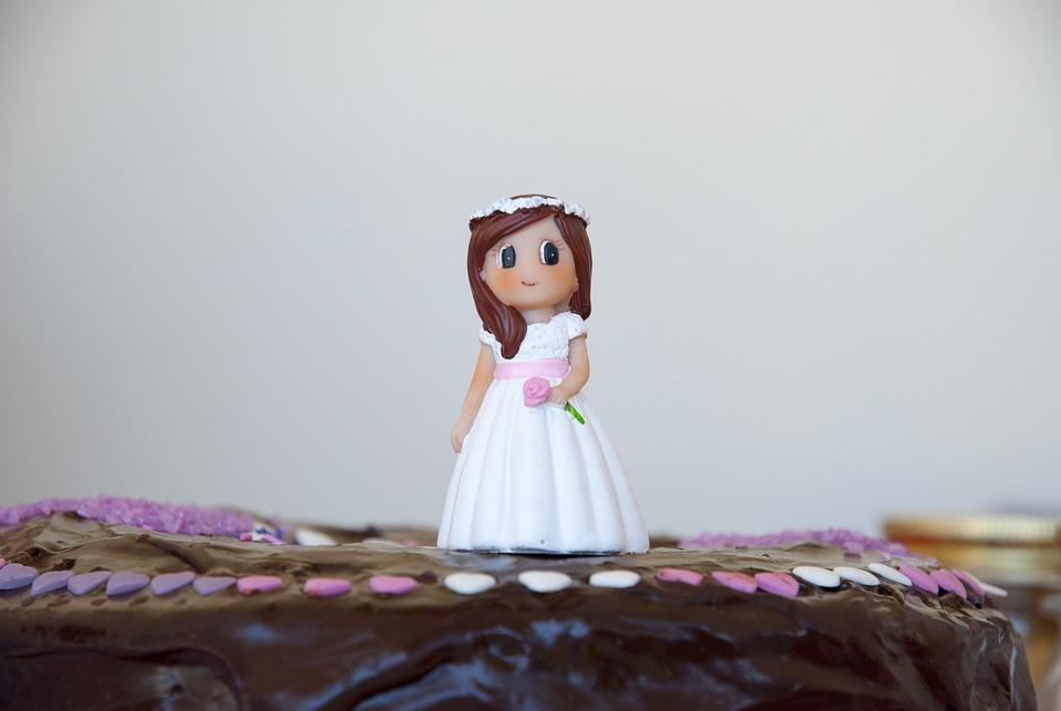 Foto gratis comuni n tarta figura pastel imagen - Decoracion comunion original ...