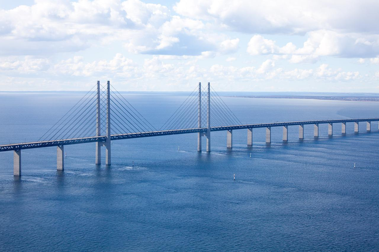 oresund bridge project part 1 1 this report was compiled by the swedish omega team, department of technology and society, lund university, lund, sweden please note: this project profile has been prepared as part of the ongoing omega centre.