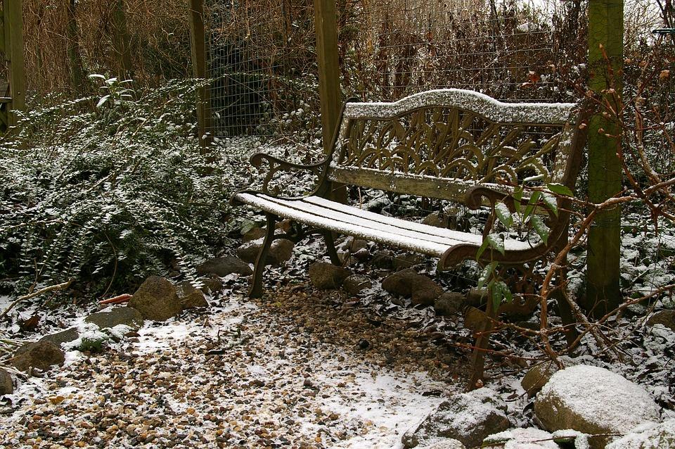 Photo gratuite banc de jardin hiver image gratuite sur for Jardin en hiver