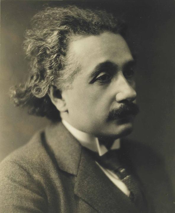 Albert Eisntein