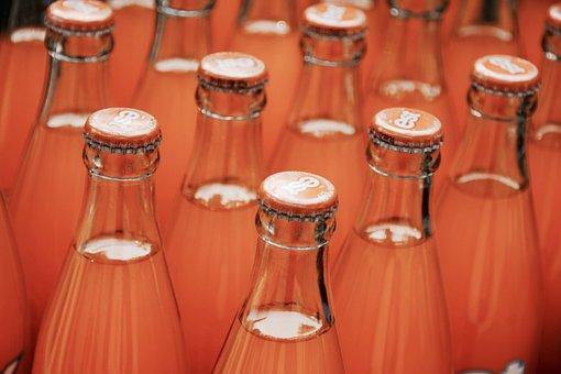 ВШЭ понизил экономическую эффективность налога на сладкие напитки