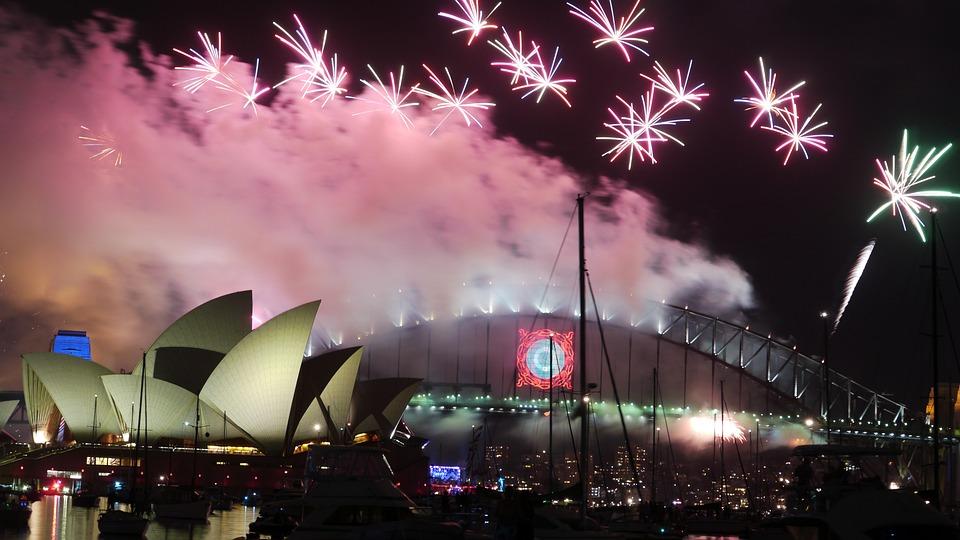 Fire works at Sydney Harbour Bridge