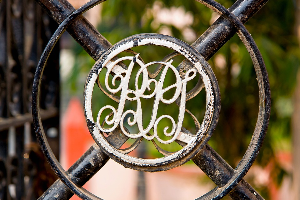 Tür metall  Kostenloses Foto: Tür Schild, Tür, Metall, Monogramm - Kostenloses ...