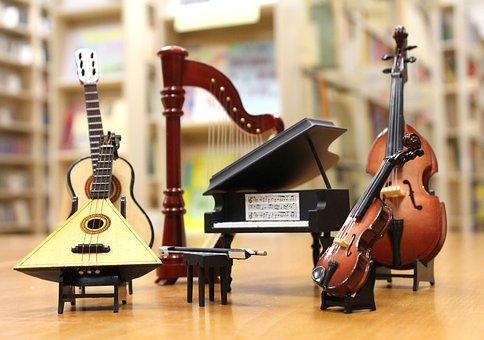 オーケストラ, ピアノ, ヴァイオリン, ギター, バラライカ, ハープ