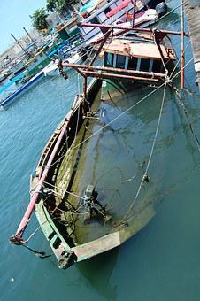Boat, Submerged, Shipwreck