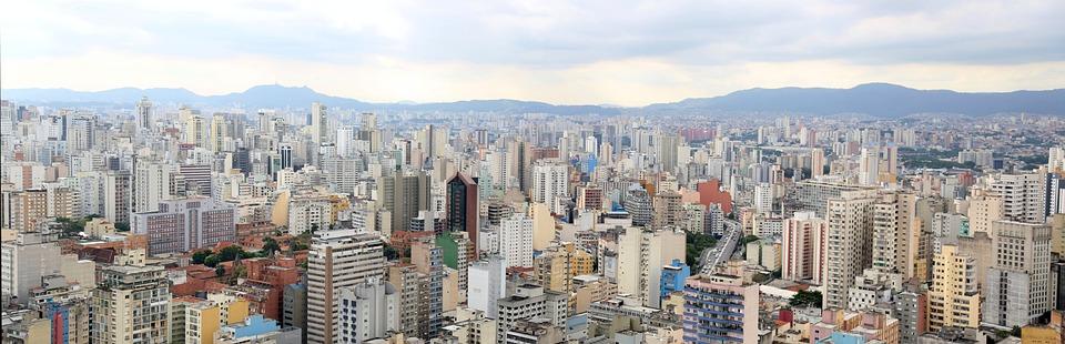 Storbyen Sao Paulo er et godt eksempel for et flerkulturelt samfunn definisjon i dag.