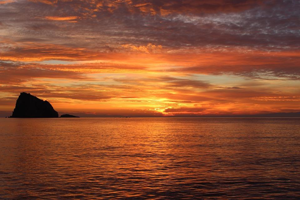 Fotos de puestas de sol sobre el mar 28