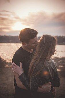 Pari, Suudelma, Sunset, Rakkaus