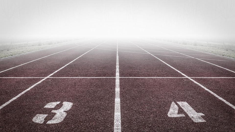 Pista De Atletismo, Números, Niebla, Campo De Atletismo