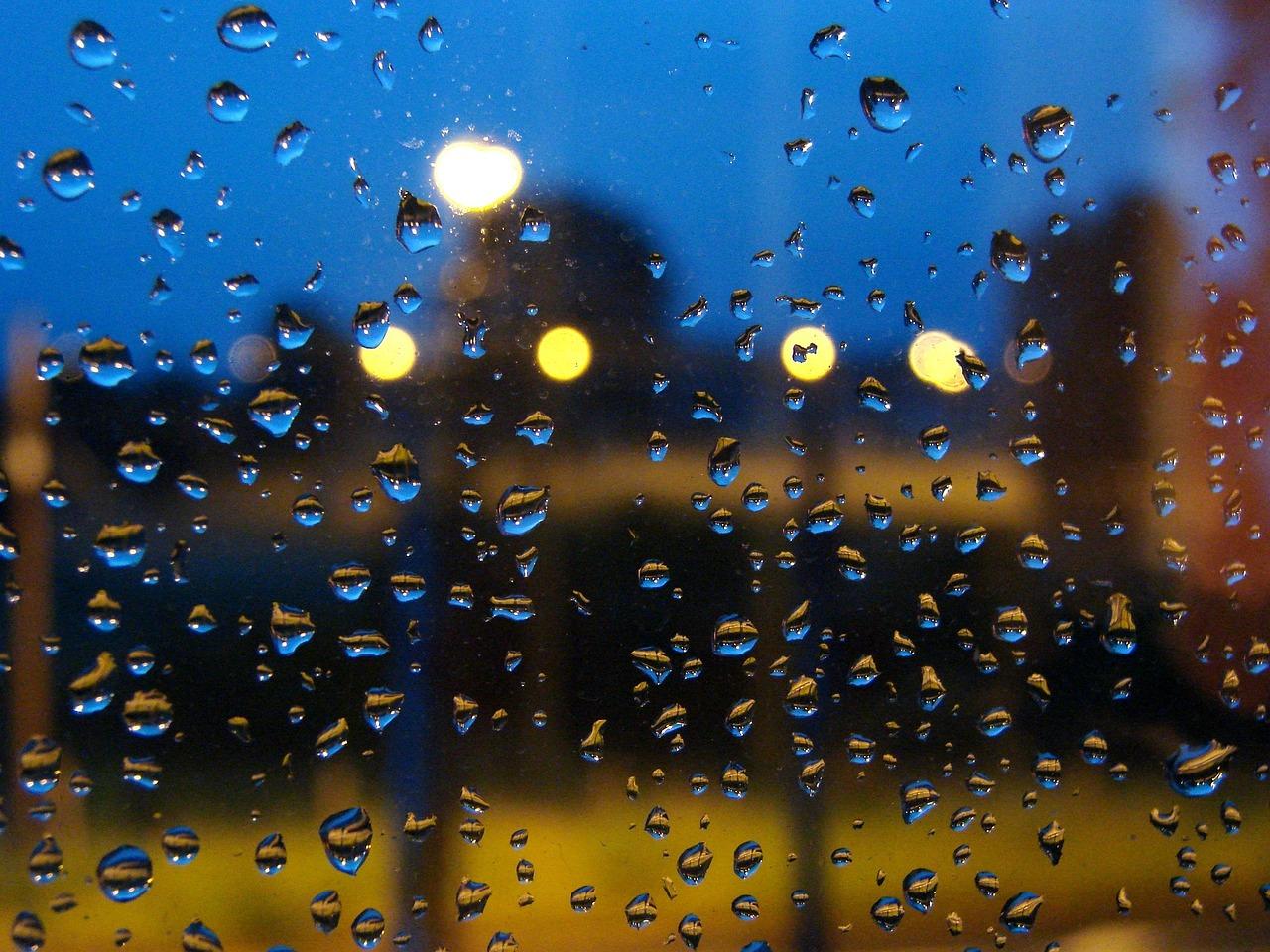 Красивые картинки дождя на стекле