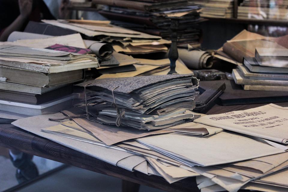 командира крейсера стол с бумагами картинки горячей обнаженной