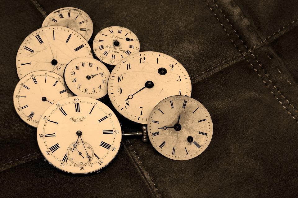 Uhren, Alte, Antik, Zeitanzeige, Aufziehbar