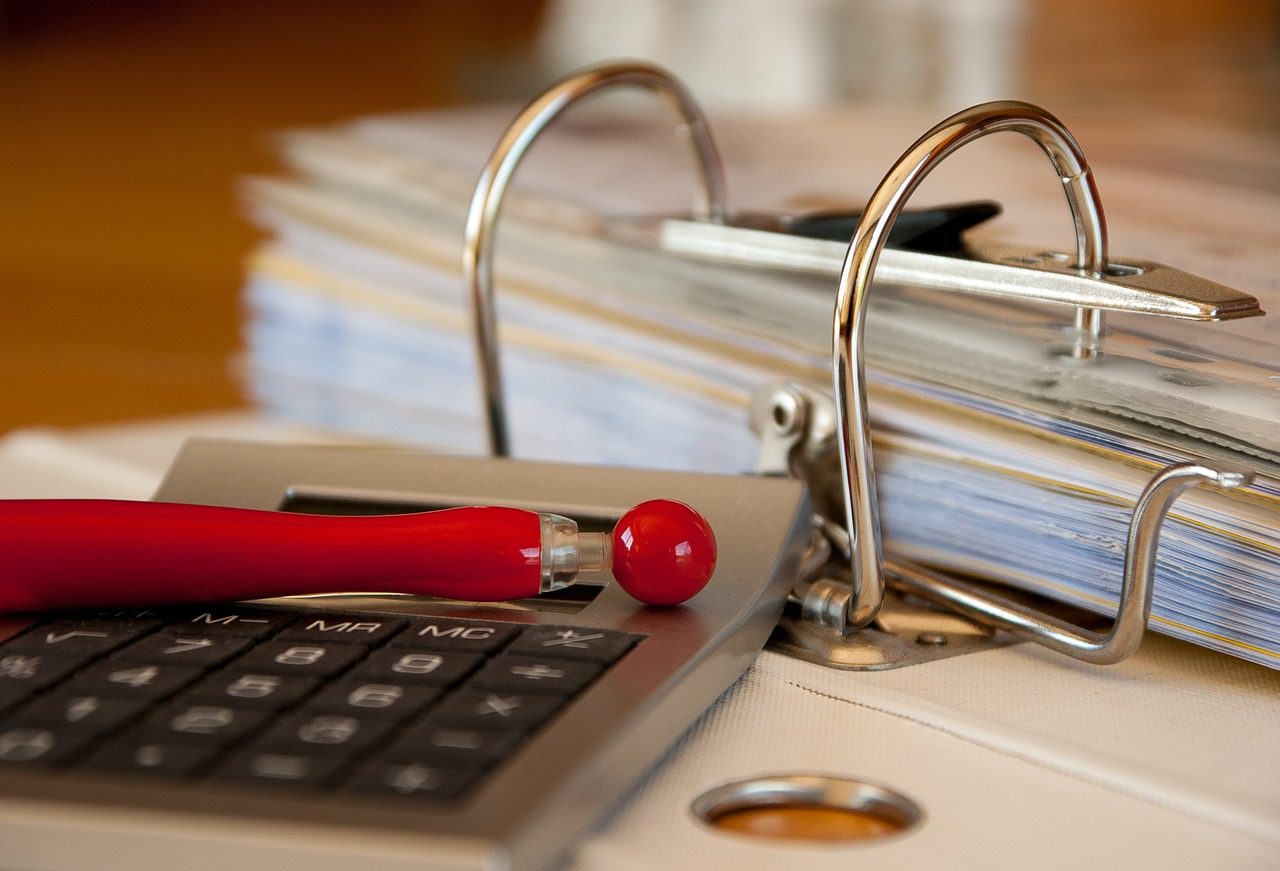 Outsource Bookkeeping Tasks: for Your Business's Sake and Your Sanity