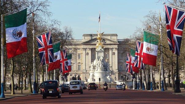 100 Kostenlose Buckingham Palast Und London Bilder Pixabay