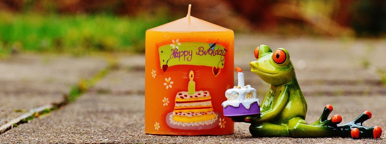 Открытки с жабами ко дню рождения, ног смешные