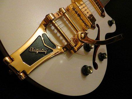 guitar-1218647__340