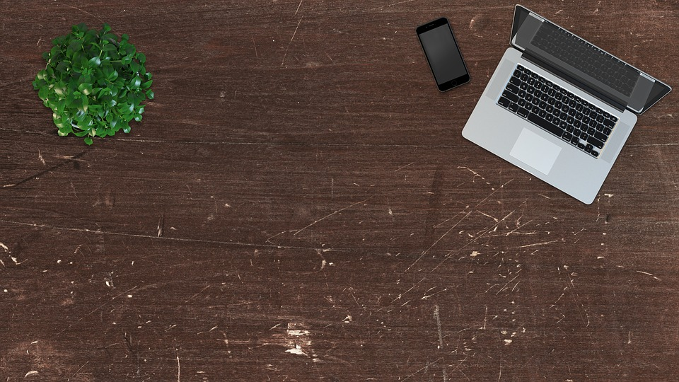 Facebook desk site
