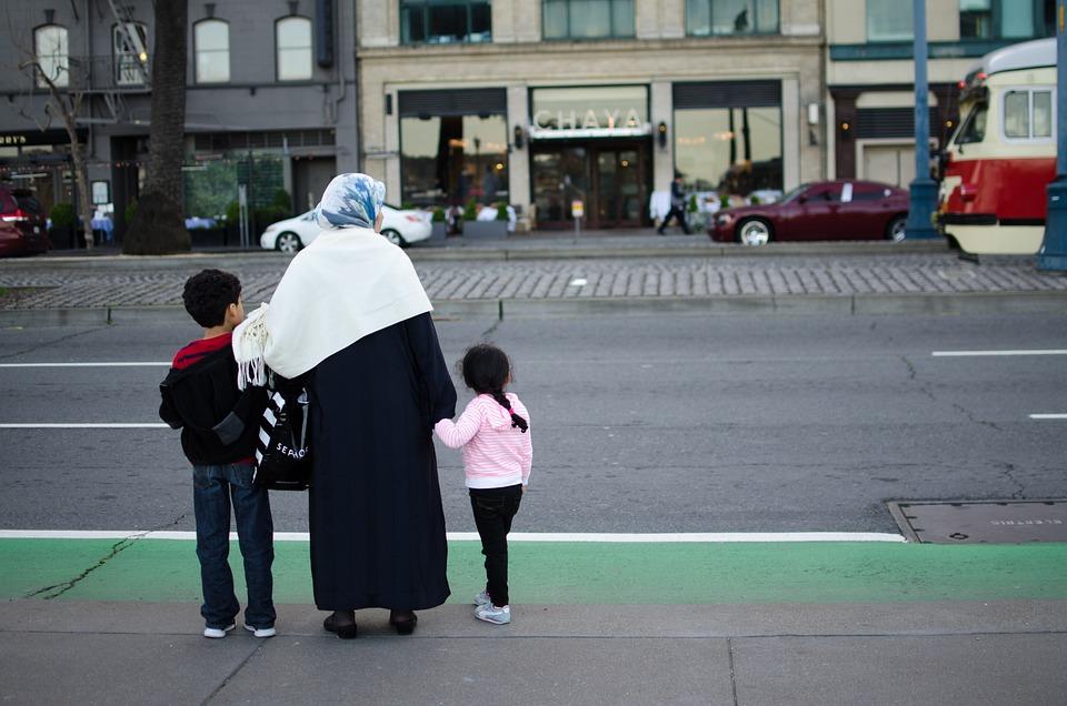 Famiglia, Strada, Donna, Bambini, Musulmani, Rifugiati