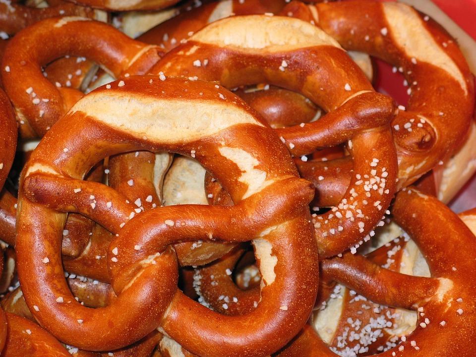free photo pretzels laugenbrezeln bakery   free image