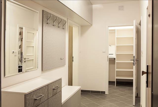 Free photo be corridor cabinet peg free image on pixabay 1230271 - Ikea simulation dressing ...