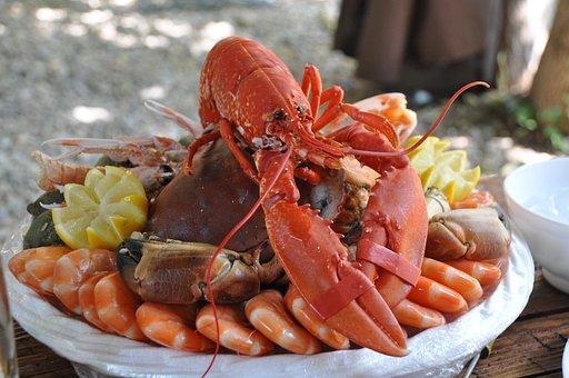 Heboh Ekspor Benih Lobster, Ternyata Ini Manfaat dan Efek Samping Mengonsumsinya