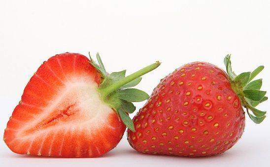 Was du schon immer über Erdbeeren wissen wolltest - frische Erdbeere