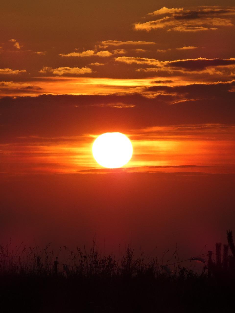 фото восхода и заката солнца зафиксирует