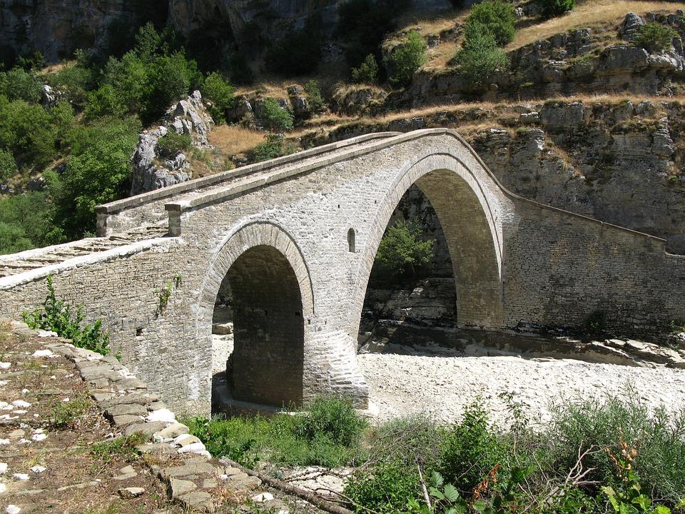 Ponte Di Pietra, Grecia, Epiro, Architettura
