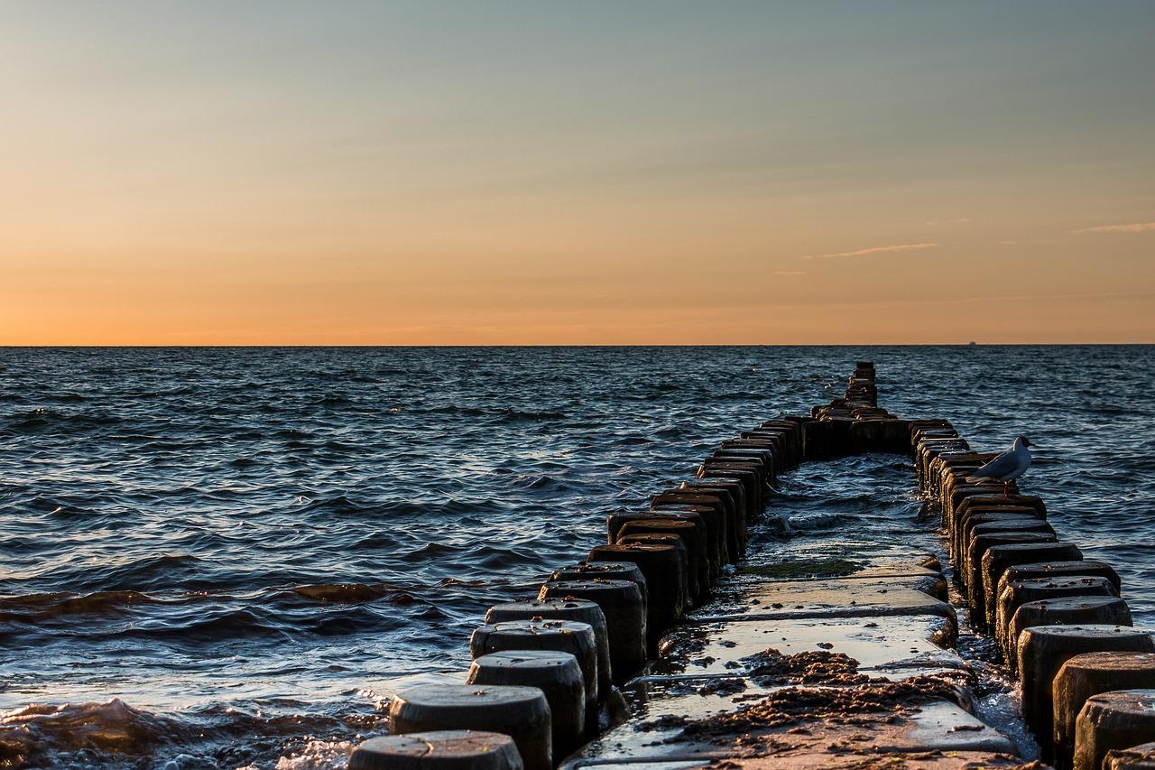 двух видов что такое волнорез на море фото древние