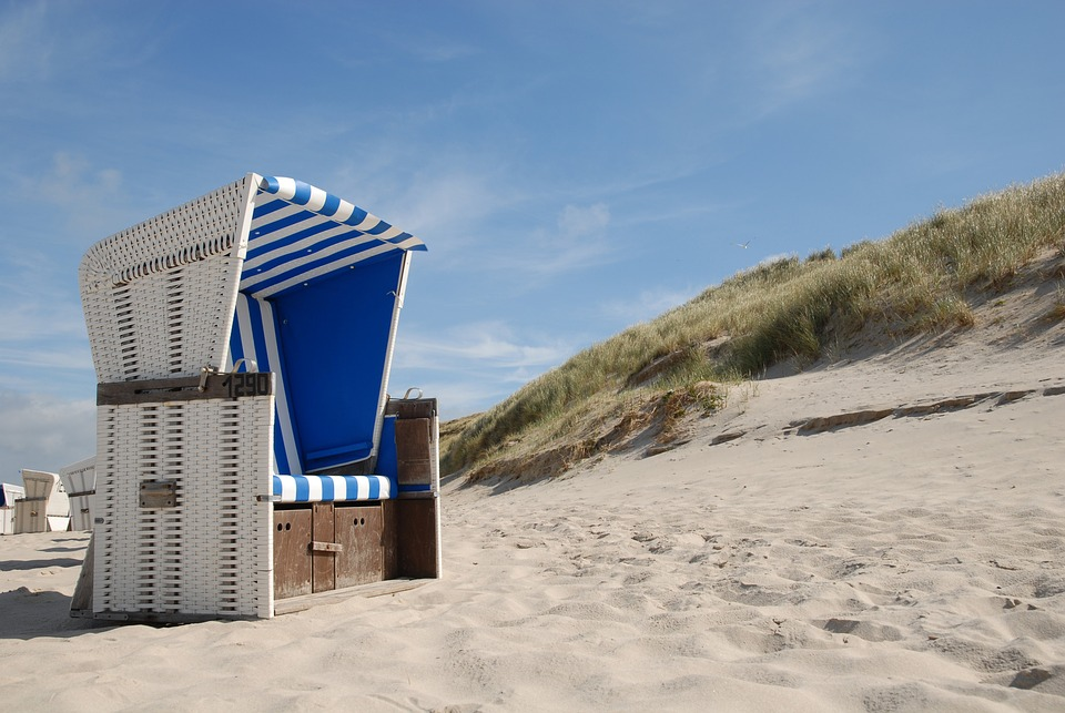 Strandkorb am strand  Kostenloses Foto: Strandkorb, Sylt, Strand - Kostenloses Bild auf ...