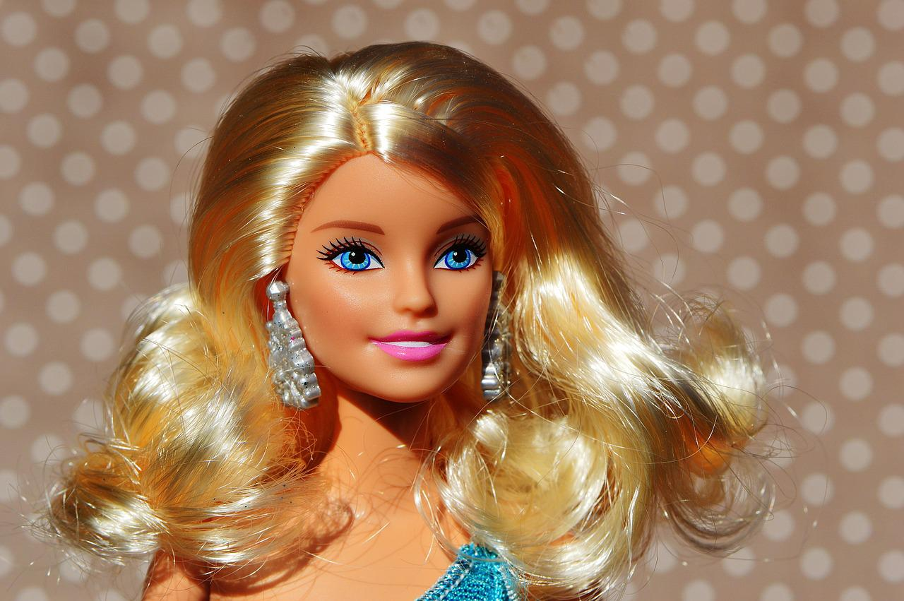 Причёски на куклах фото