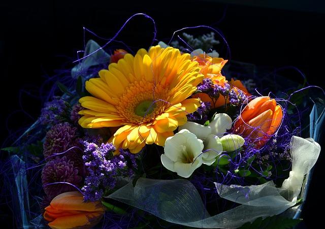 Foto Gratis Mazzo Colorato Compleanno Fiori Immagine