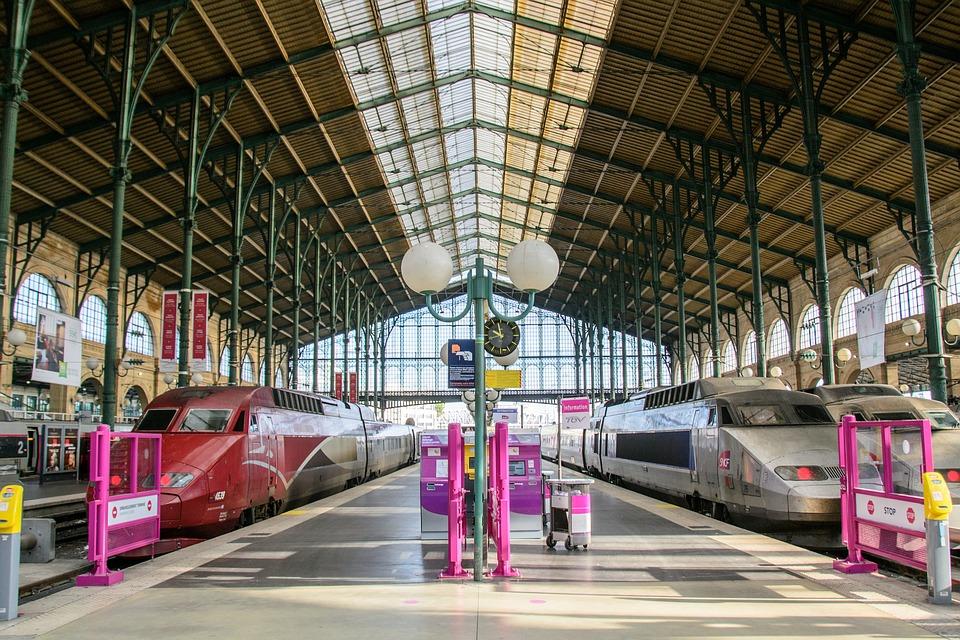 パリ フランス 鉄道駅 · Pixabay...