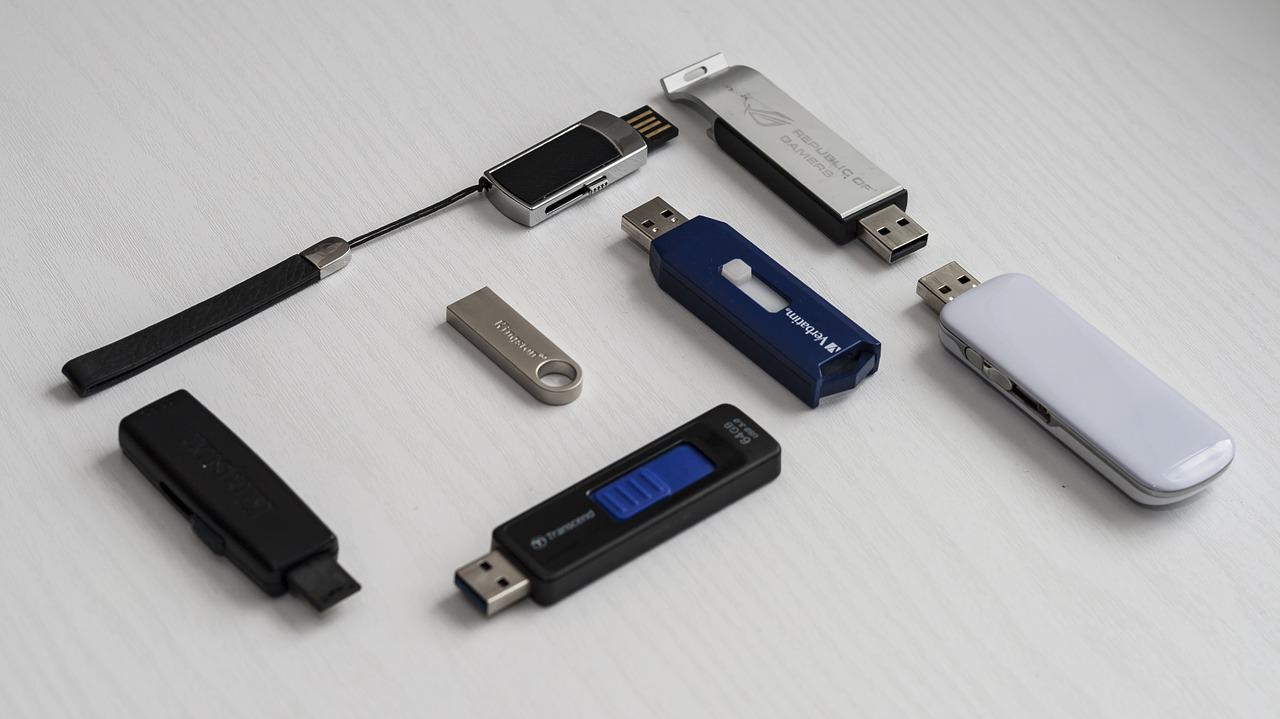 How to recover files from broken usb stick