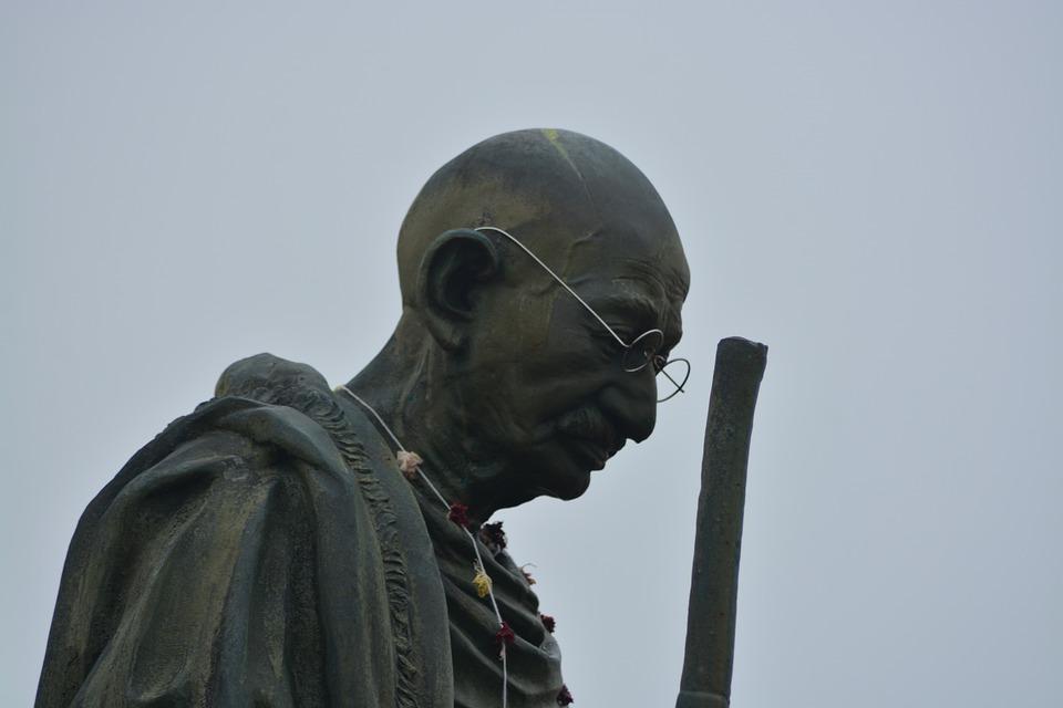 マハトマ・ガンジーの記念碑